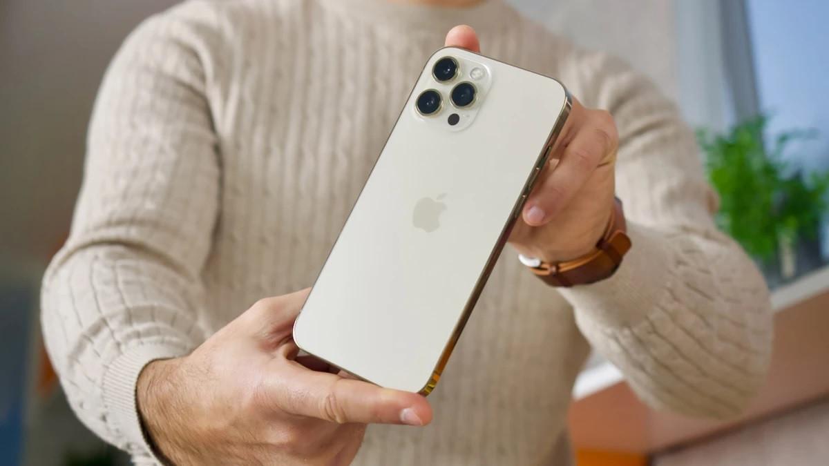 Apple sẽ ra mắt iPhone 14 Max giá mềm vào năm 2022?-2