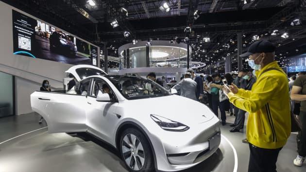 Tap doan Tesla trieu hoi hon 285.000 xe tai thi truong Trung Quoc hinh anh 1