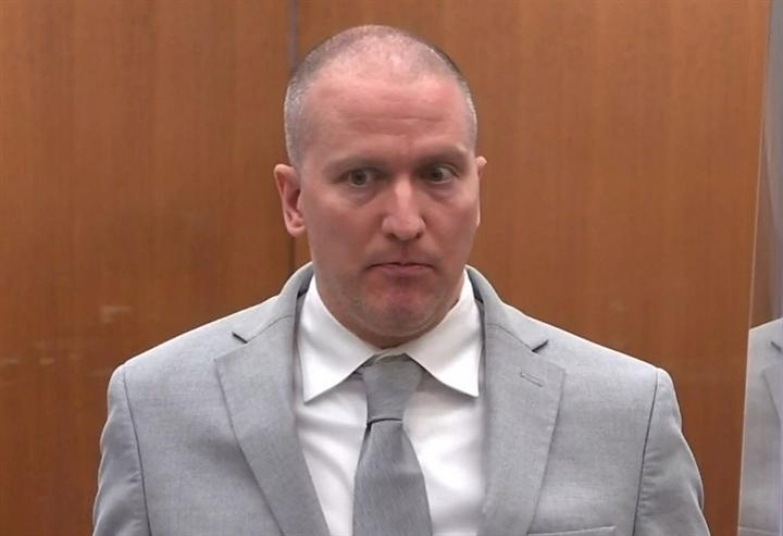 Mức án 22,5 năm tù cho cựu cảnh sát ghì chết George Floyd gây bất bình-1