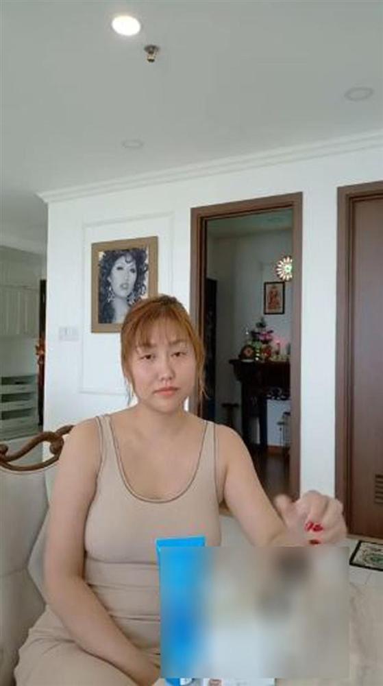 Phi Thanh Vân bị phẫu thuật thẩm mỹ lỗi 1