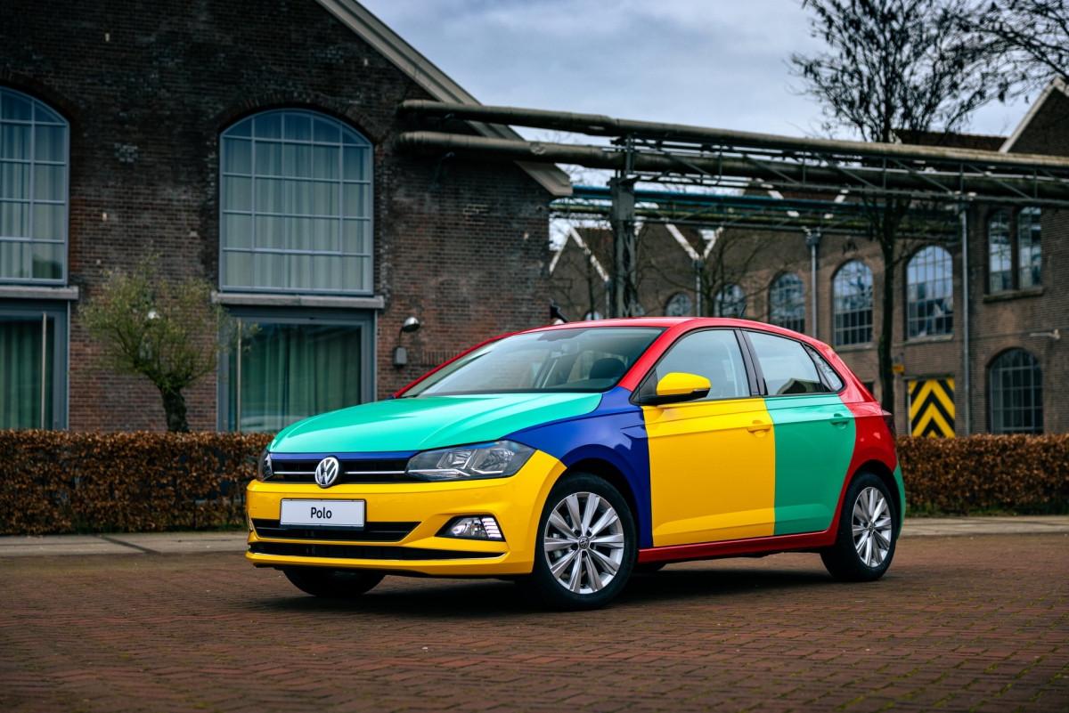 Volkswagen Polo xuất hiện với bộ áo Harlequin đầy sắc màu-4