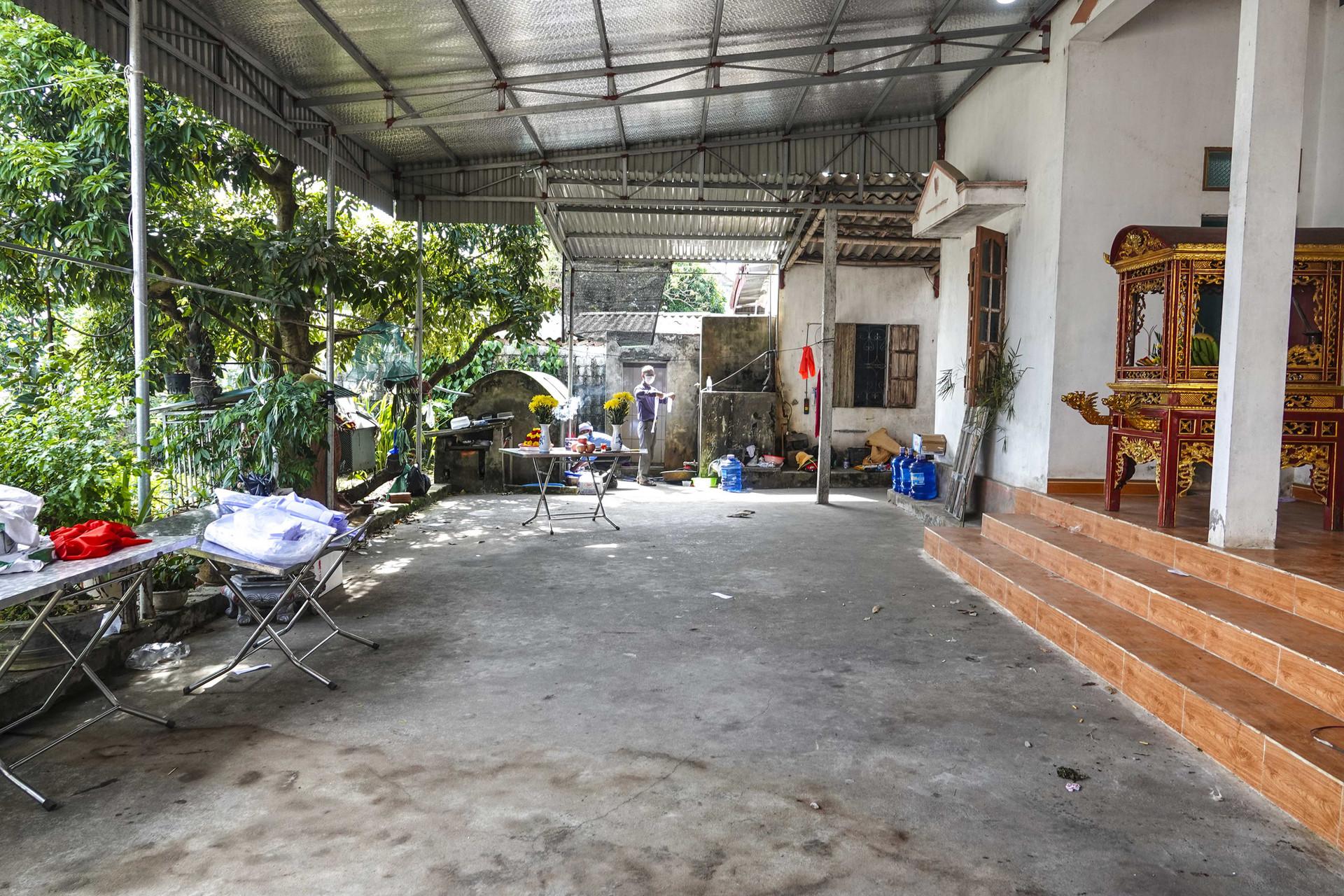 Vụ thảm án ở Thái Bình: Đám tang vội của 3 nạn nhân khiến nhiều người xót xa-10