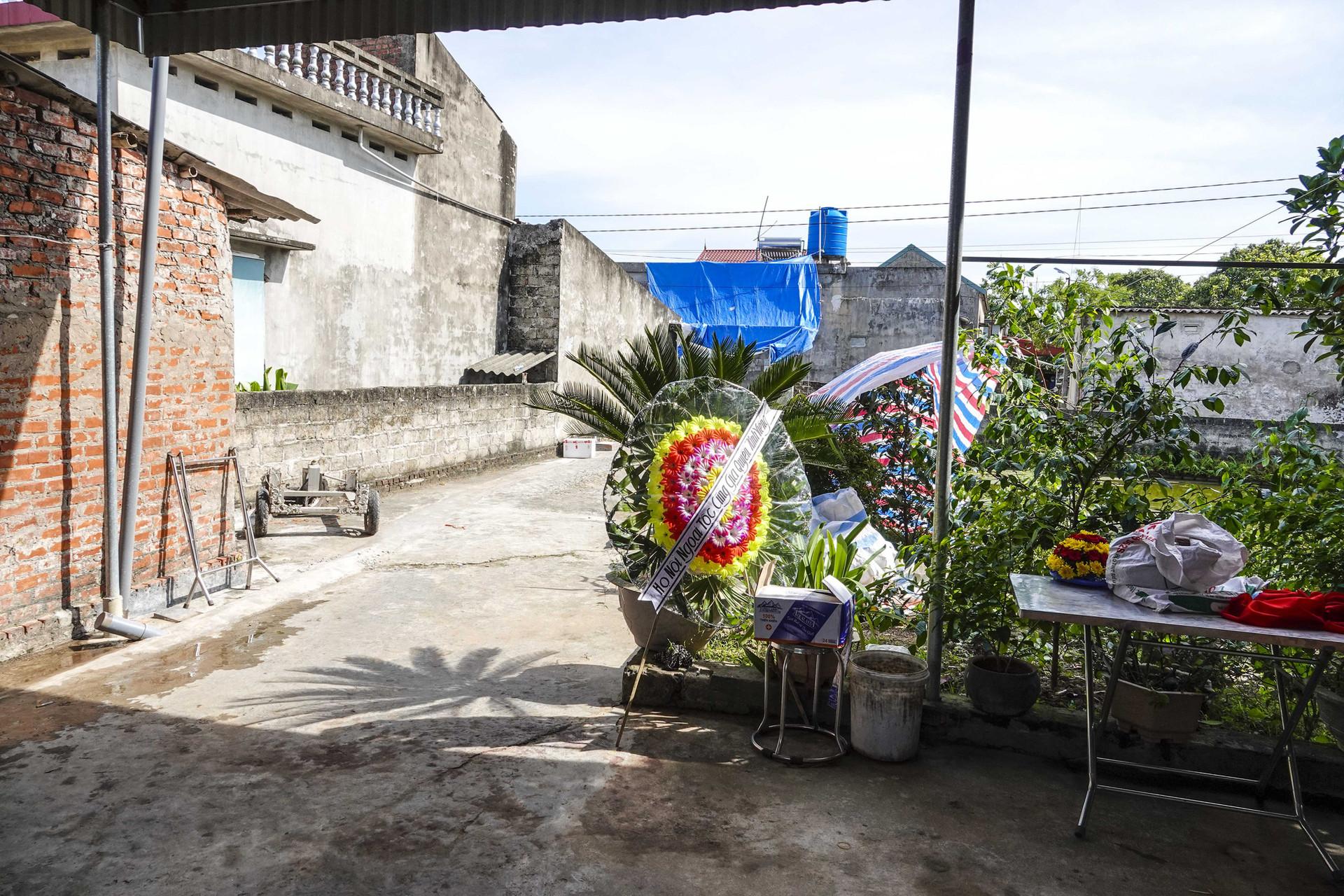 Vụ thảm án ở Thái Bình: Đám tang vội của 3 nạn nhân khiến nhiều người xót xa-5