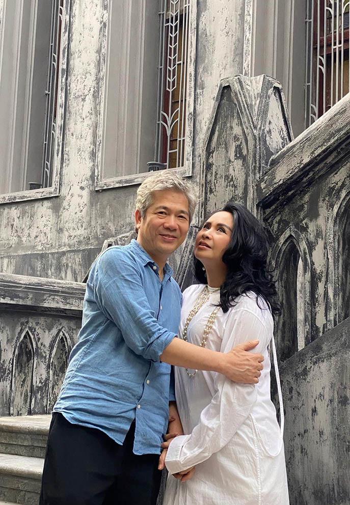 Sao Việt 28/6; Diva Thanh Lam và bạn trai hạnh phúc sau lễ dạm ngõ-2