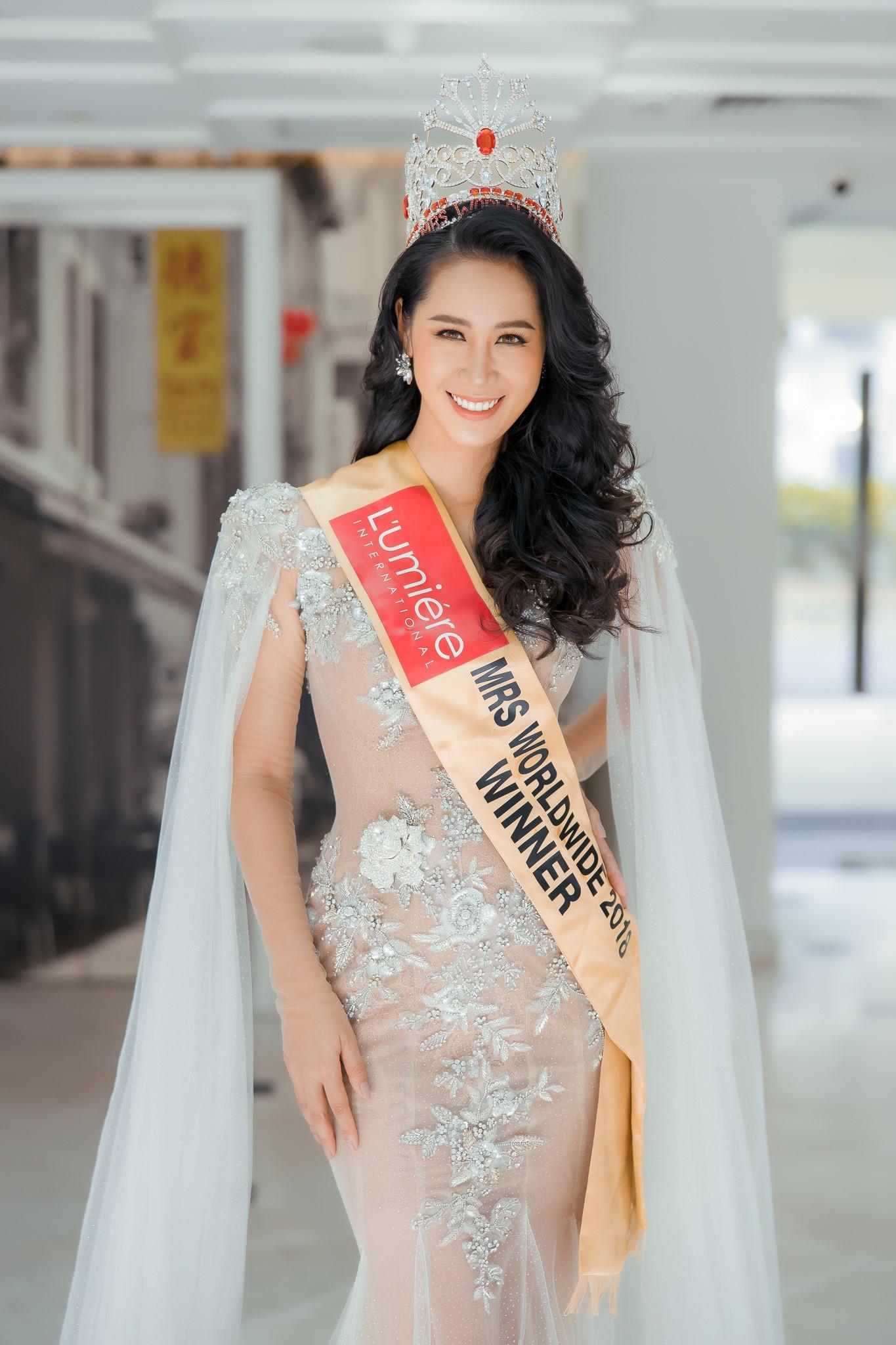 Hé lộ gia thế khủng, dòng dõi quyền quý của các Hoa hậu Việt-10