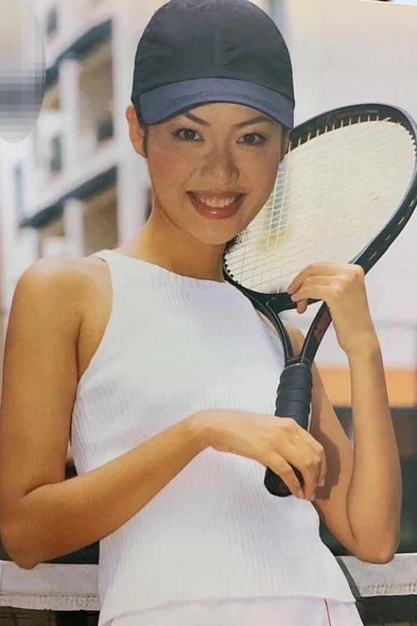Hé lộ gia thế khủng, dòng dõi quyền quý của các Hoa hậu Việt-2