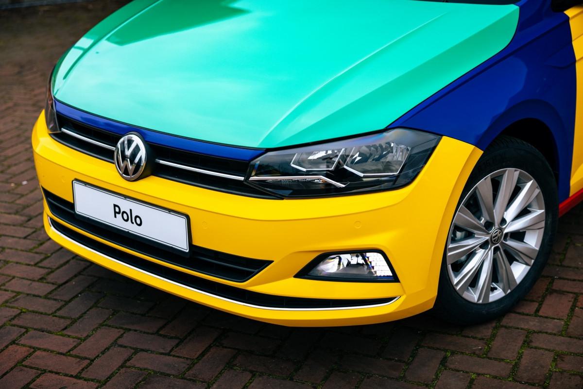 Volkswagen Polo xuất hiện với bộ áo Harlequin đầy sắc màu-5