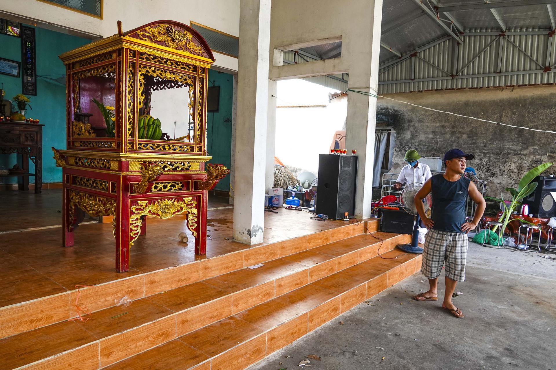 Vụ thảm án ở Thái Bình: Đám tang vội của 3 nạn nhân khiến nhiều người xót xa-9