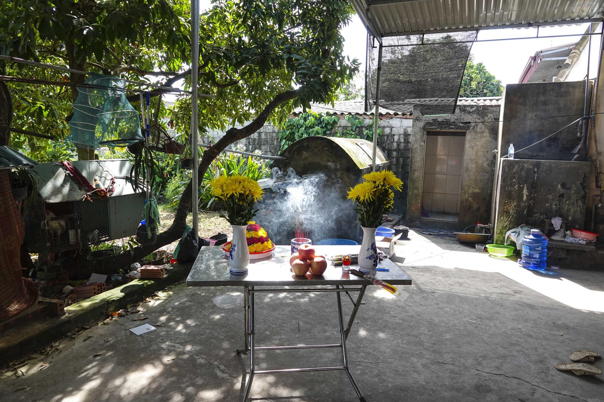 Vụ thảm án ở Thái Bình: Đám tang vội của 3 nạn nhân khiến nhiều người xót xa-13