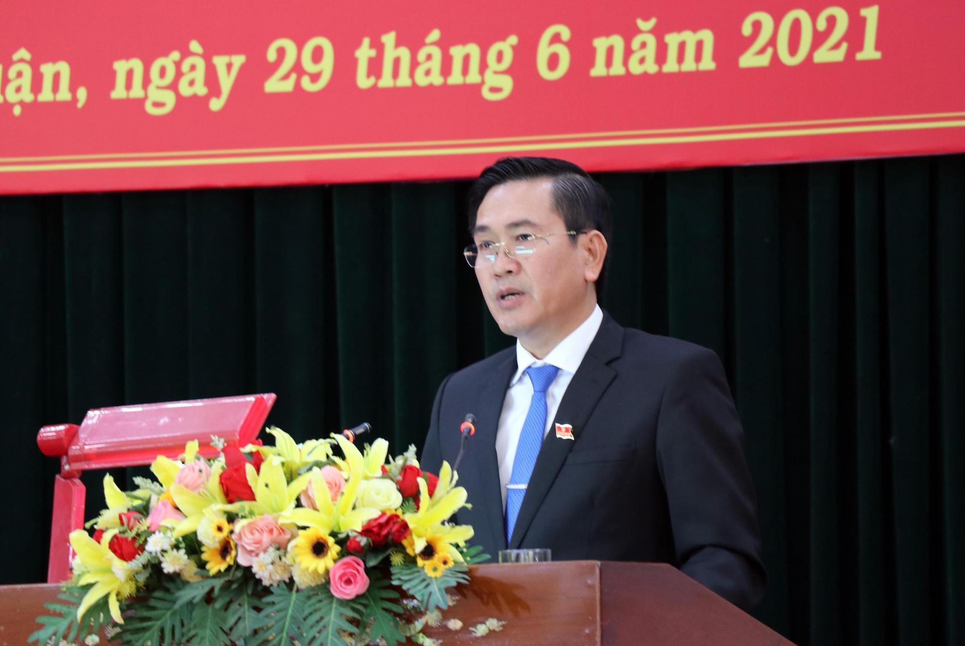 Ong Pham Van Hau giu chuc Chu tich Hoi dong nhan dan tinh Ninh Thuan hinh anh 1