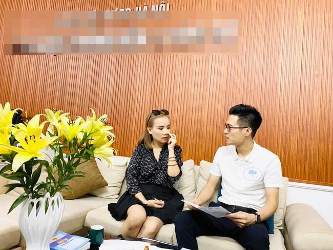 Hoàng Yến làm việc với luật sư, quyết tâm để chồng cũ chịu tội-1