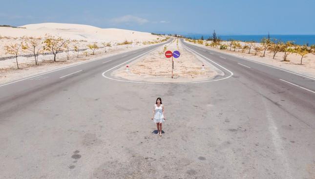 """""""Hoang mạc Sahara"""" thu nhỏ tại Bình Thuận, còn chần chờ gì mà không check-in ngay - Ảnh 1."""