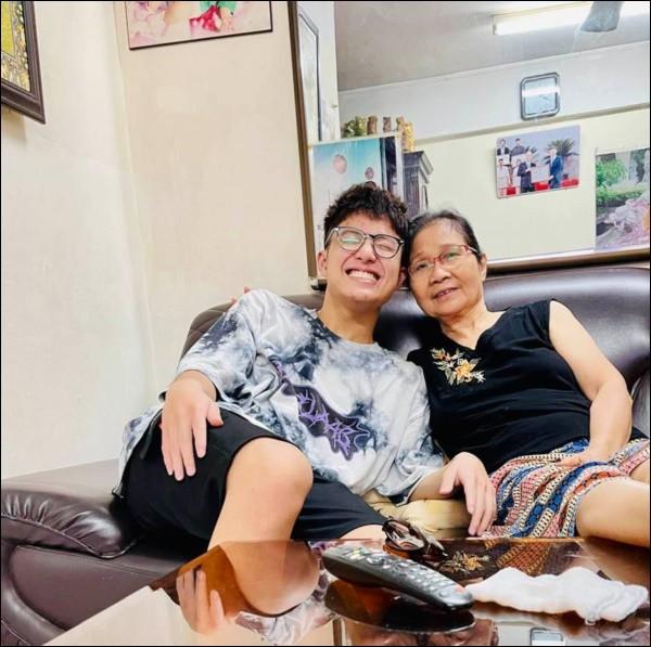Chia tay Công Lý, Thảo Vân vẫn giữ quan hệ tốt với nhà chồng cũ, nhìn cách cô dạy con trai cư xử mà phục-2