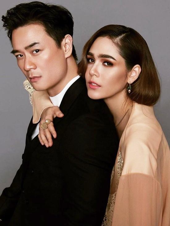 Cuộc sống như mơ của bông hồng lai Thái Lan được chồng tặng siêu xe 17 tỷ - 5