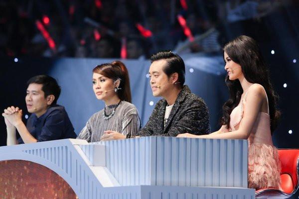 Đông Nhi làm giám khảo tại The Remix 2016