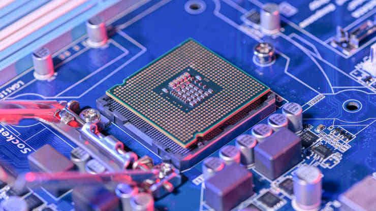 Công ty được Trung Quốc hậu thuẫn mua nhà máy chip lớn nhất Anh quốc