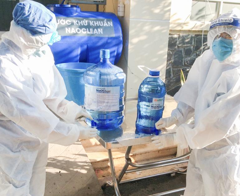 Bệnh viện điều trị COVID-19 được tặng nước khử khuẩn không hạn chế số lượng - 1
