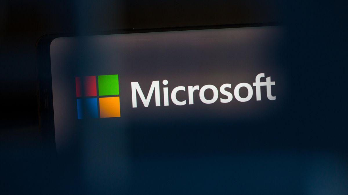 Vì sao Microsoft không thể sụp đổ?