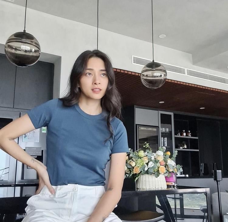 Đả nữ Ngô Thanh Vân chuộng style tối giản nhưng khí chất ngời ngời-1