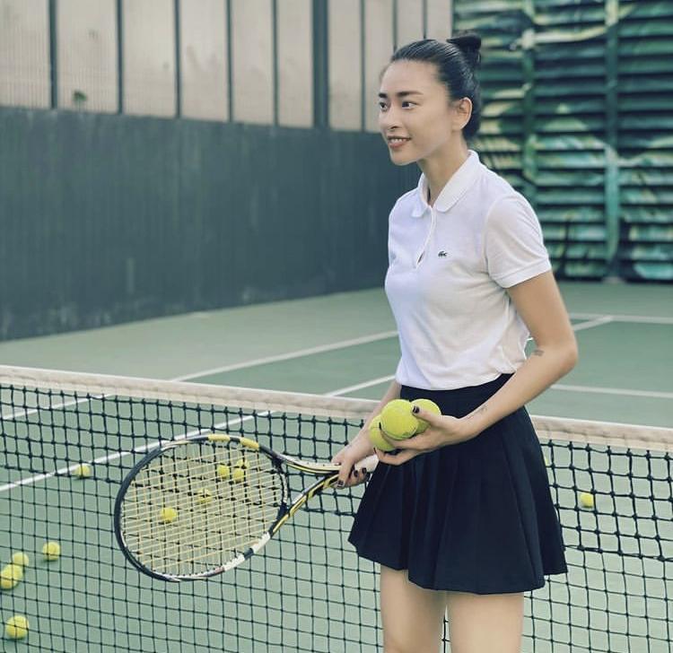 Đả nữ Ngô Thanh Vân chuộng style tối giản nhưng khí chất ngời ngời-6
