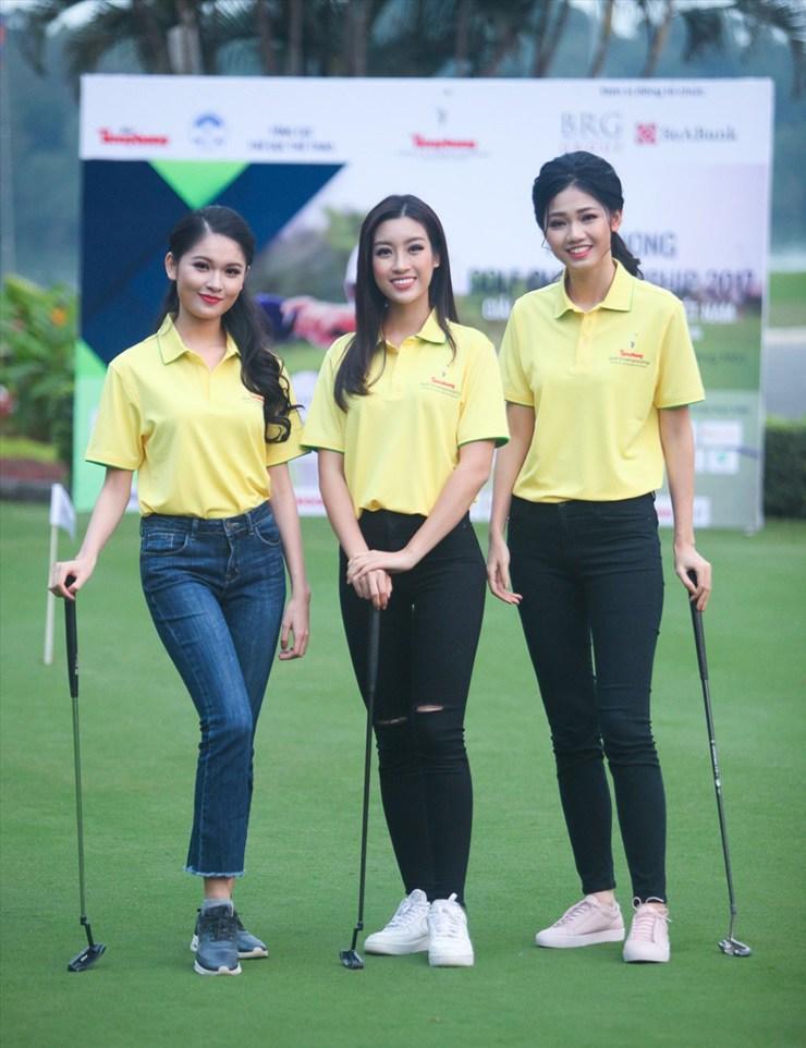 Đỗ Mỹ Linh chơi golf: Đã hết phèn nhờ chi tiền không tiếc tay-3