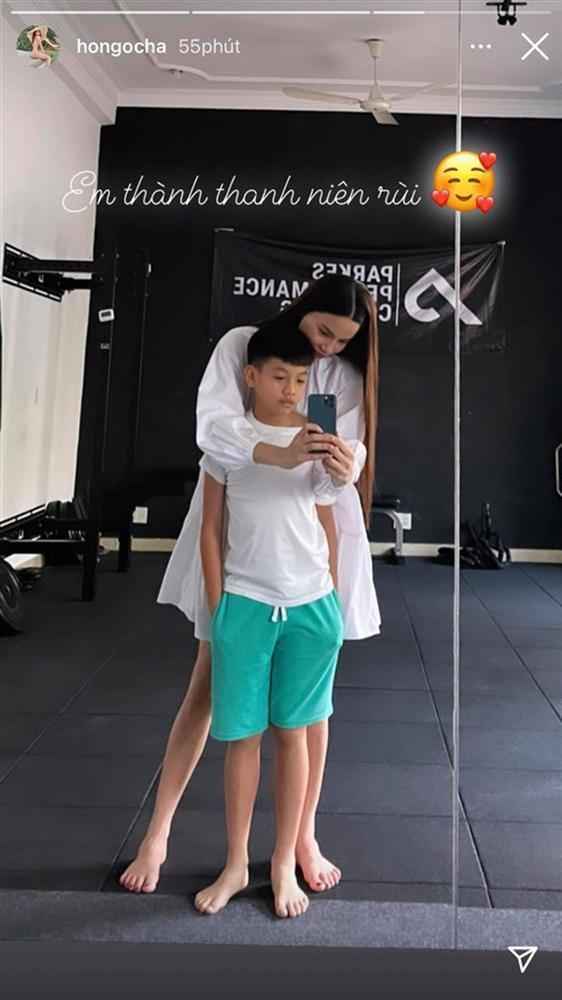 Con trai Hồ Ngọc Hà hì hục tập gym, dân mạng xem cười xỉu-5