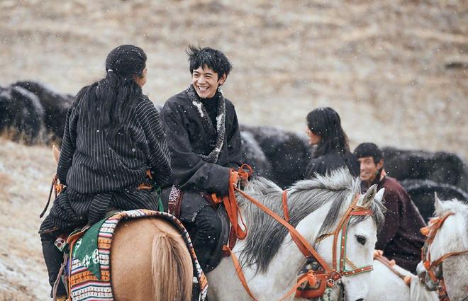 Hotboy chăn bò Tây Tạng từng gây sốt mạng xã hội giờ ra sao? - 2