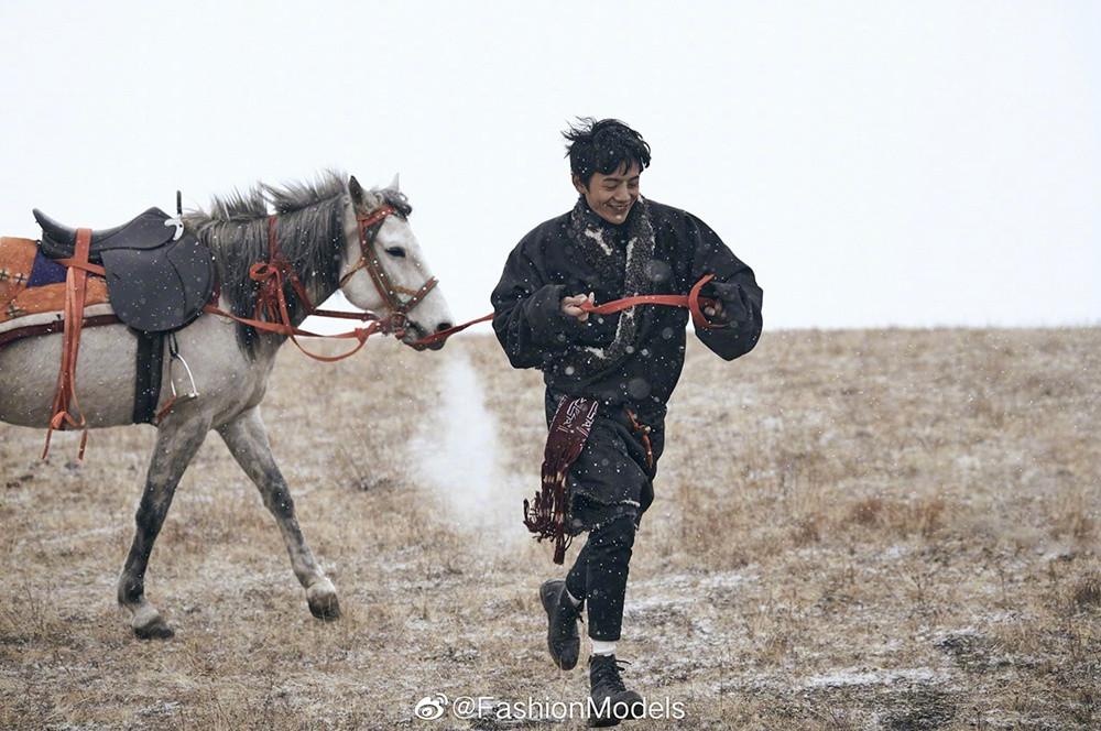 Hotboy chăn bò Tây Tạng từng gây sốt mạng xã hội giờ ra sao? - 4