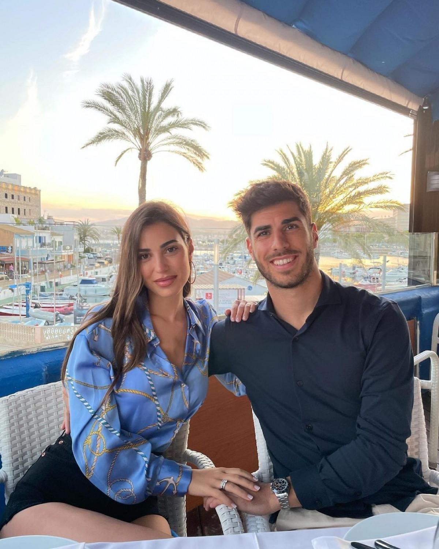 Marco Asensio và bạn gái xinh đẹp Sandra Garal.
