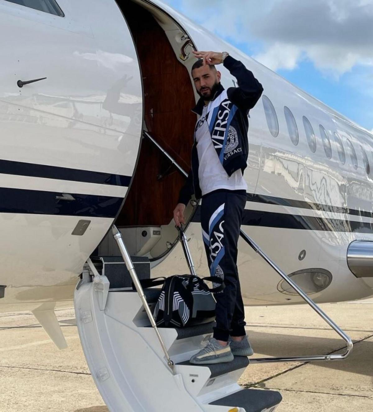 Karim Benzema lên đường đi chơi ngay sau khi Pháp thua sốc Thụy Sĩ ở vòng 1/8 EURO 2021.