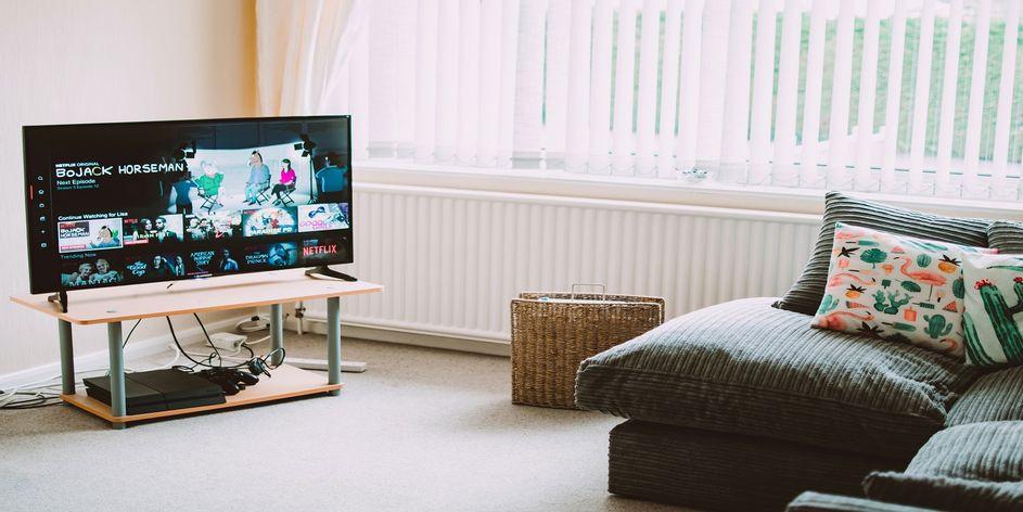 Màn hình PC và TV khác nhau những gì?