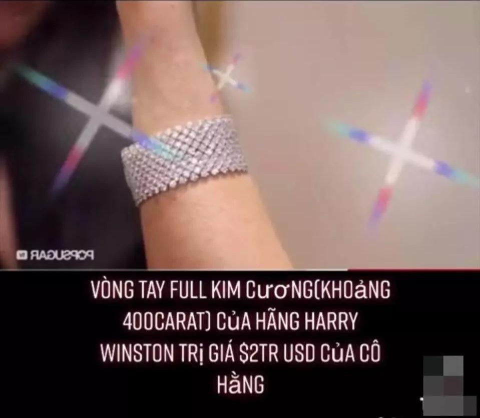Bà Phương Hằng đeo vòng kim cương giá bằng căn biệt thự-4