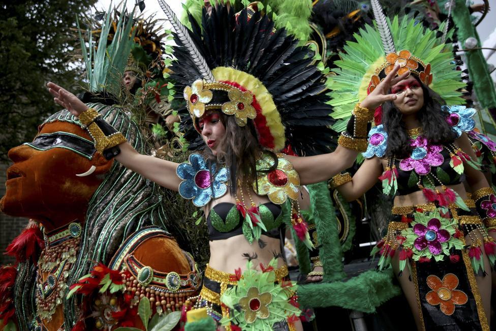 Notting Hill Carnival: Hấp dẫn như những trận cầu đưa Tam Sư vào chung kết EURO - 11