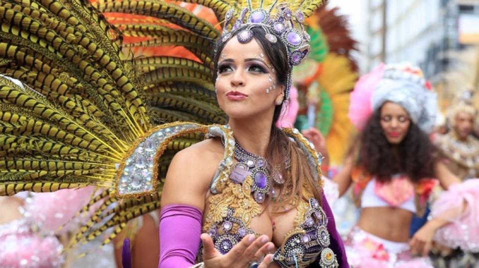 Notting Hill Carnival: Hấp dẫn như những trận cầu đưa Tam Sư vào chung kết EURO - 13