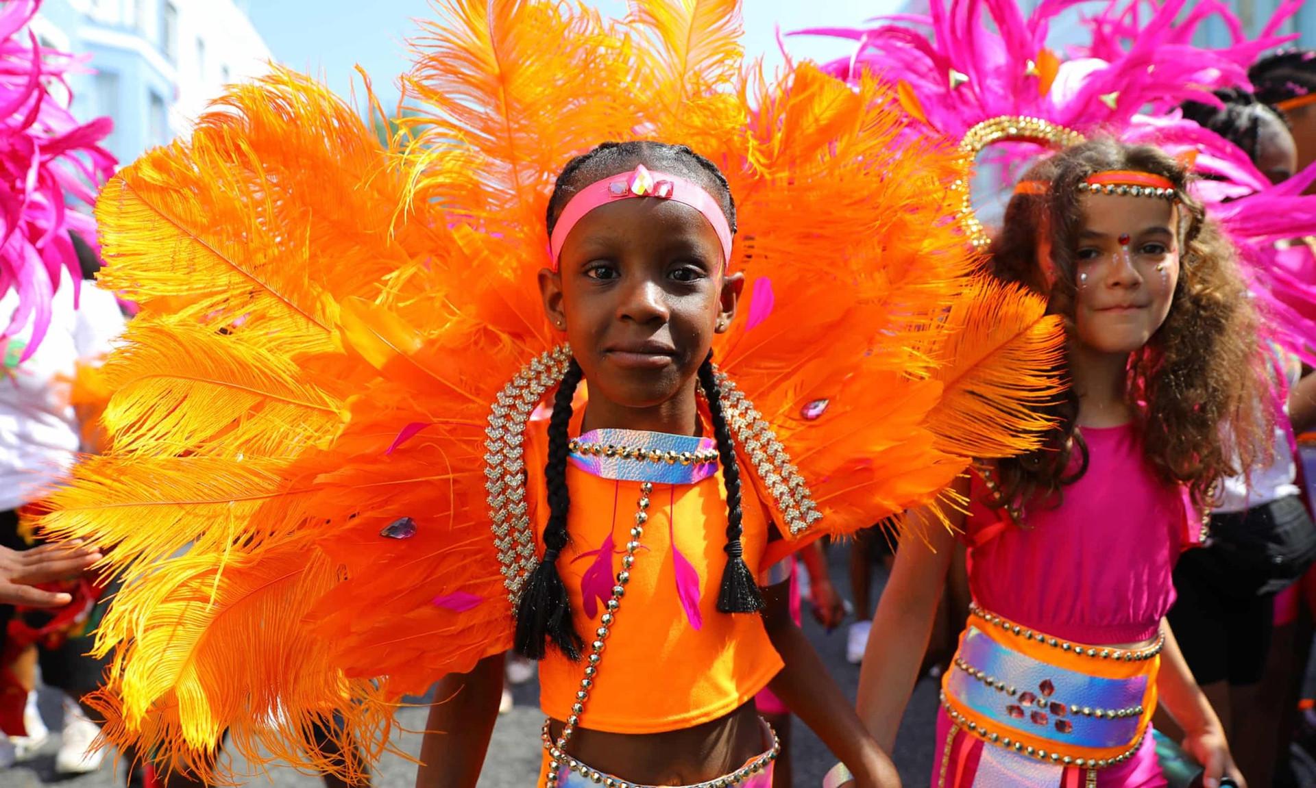 Notting Hill Carnival: Hấp dẫn như những trận cầu đưa Tam Sư vào chung kết EURO - 4