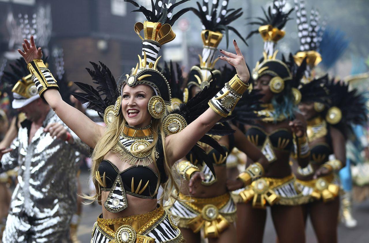 Notting Hill Carnival: Hấp dẫn như những trận cầu đưa Tam Sư vào chung kết EURO - 8