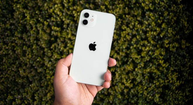 Không cần máy móc phức tạp, tội phạm rút sạch tiền từ iPhone bị ăn trộm như thế nào? - Ảnh 1.
