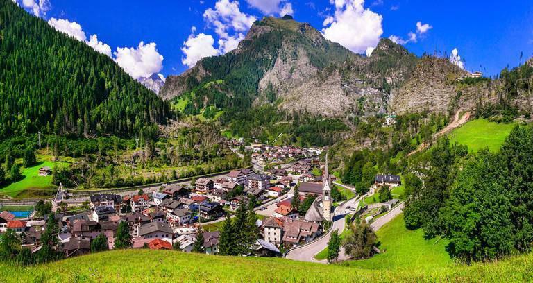 15 ngôi làng đẹp như cổ tích mà du khách chỉ có thể tìm thấy ở chốn phù hoa Italia - 13
