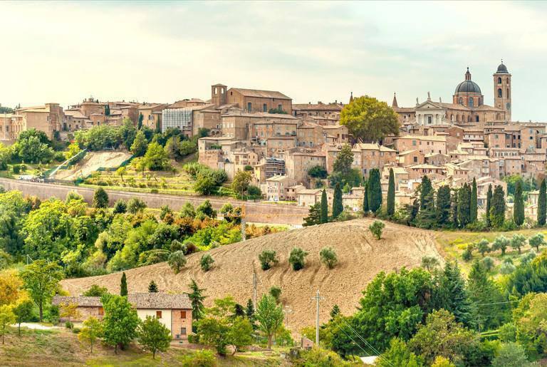 15 ngôi làng đẹp như cổ tích mà du khách chỉ có thể tìm thấy ở chốn phù hoa Italia - 1