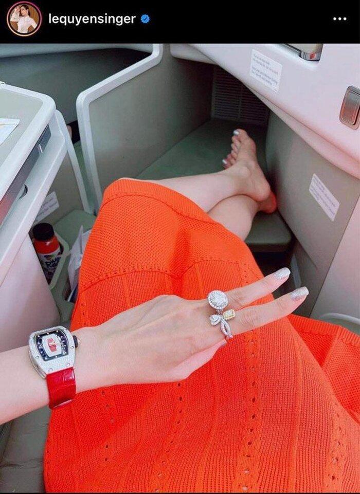 Bà Phương Hằng đeo nhẫn kim cương đôi với Hà Hồ, Lệ Quyên-5