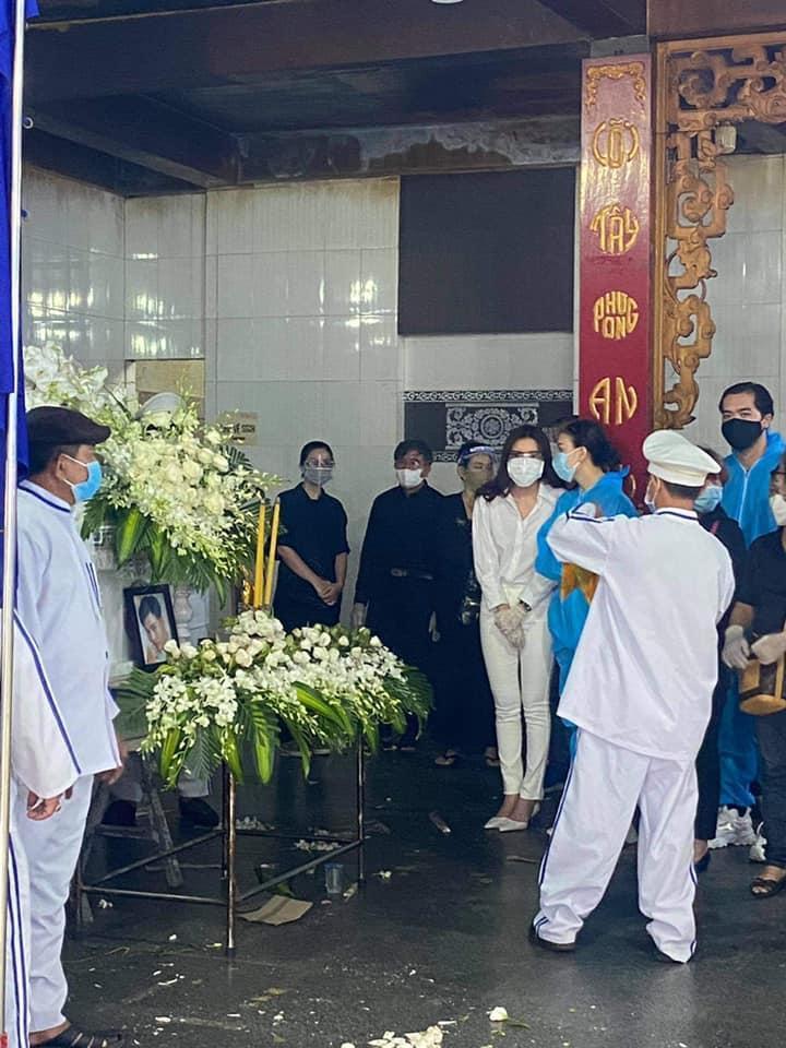 Lễ di quan Đức Long diễn ra u buồn, Cao Thái Hà công khai di nguyện-5