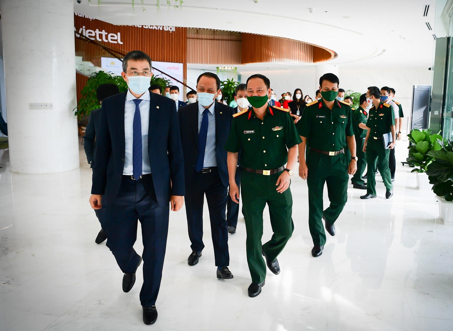 Vietnam Airlines và Viettel hợp tác cùng chuyển đổi số - 1