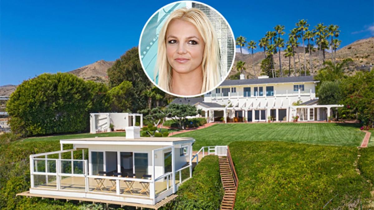 Biệt thự trên bãi biển ở Malibu này là địa điểm Britney Spears quay MV