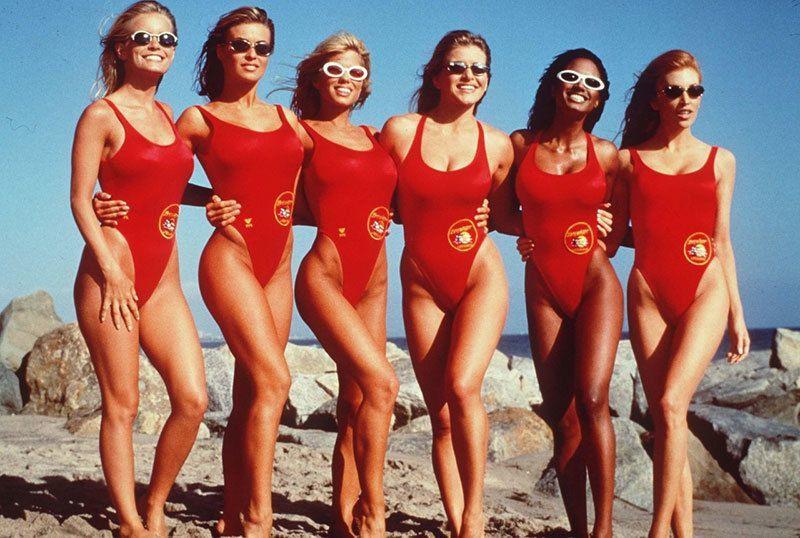 Người đẹp Nga hấp dẫn cả vạn người yêu thích khi chỉ mặc bikini cưỡi ngựa, rửa xe,... - 11
