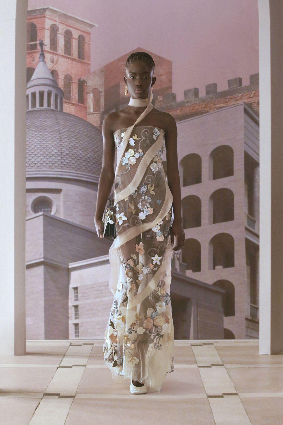 Fendi ra mắt bố sưu tập mới ca ngợi Rome, quê hương của nhà mốt - 4