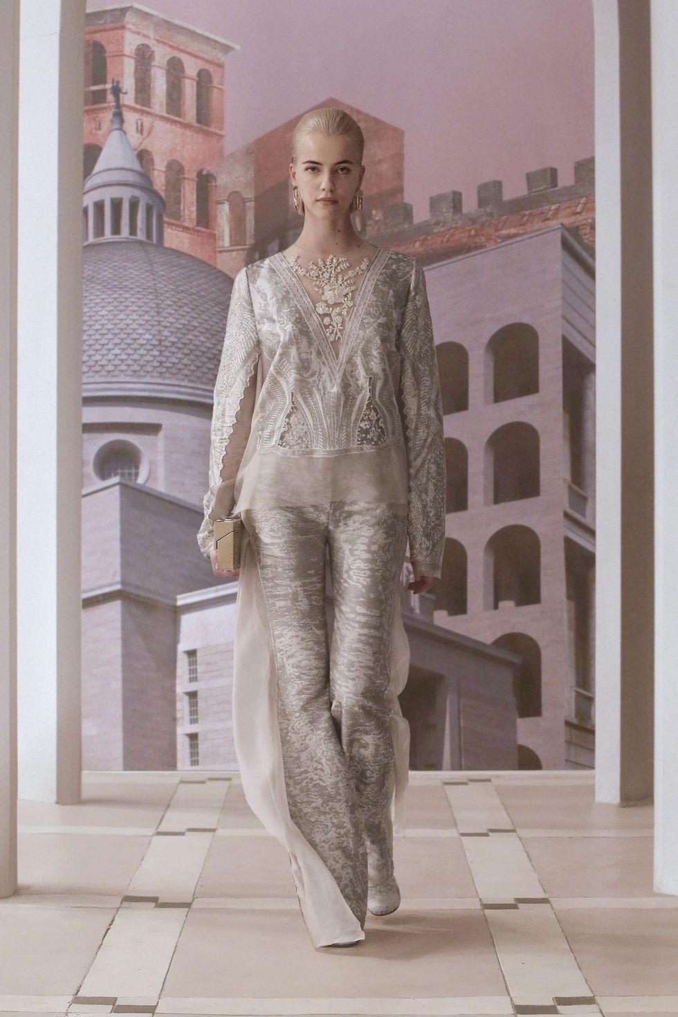 Fendi ra mắt bố sưu tập mới ca ngợi Rome, quê hương của nhà mốt - 8