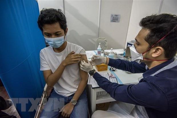 Malaysia hoan thanh muc tieu ban dau tiem chung cho 10% dan so hinh anh 1