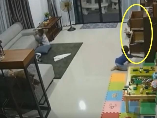 Mải dọn dẹp, bảo mẫu lơ là việc trông trẻ và cảnh tượng từ camera giám sát khiến người mẹ bật khóc-2