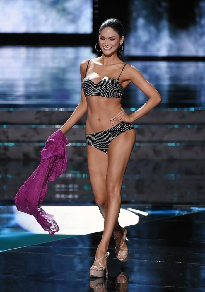Số đo khác biệt của Miss Universe: Người lép kẹp, người chạm ngưỡng 1m-14