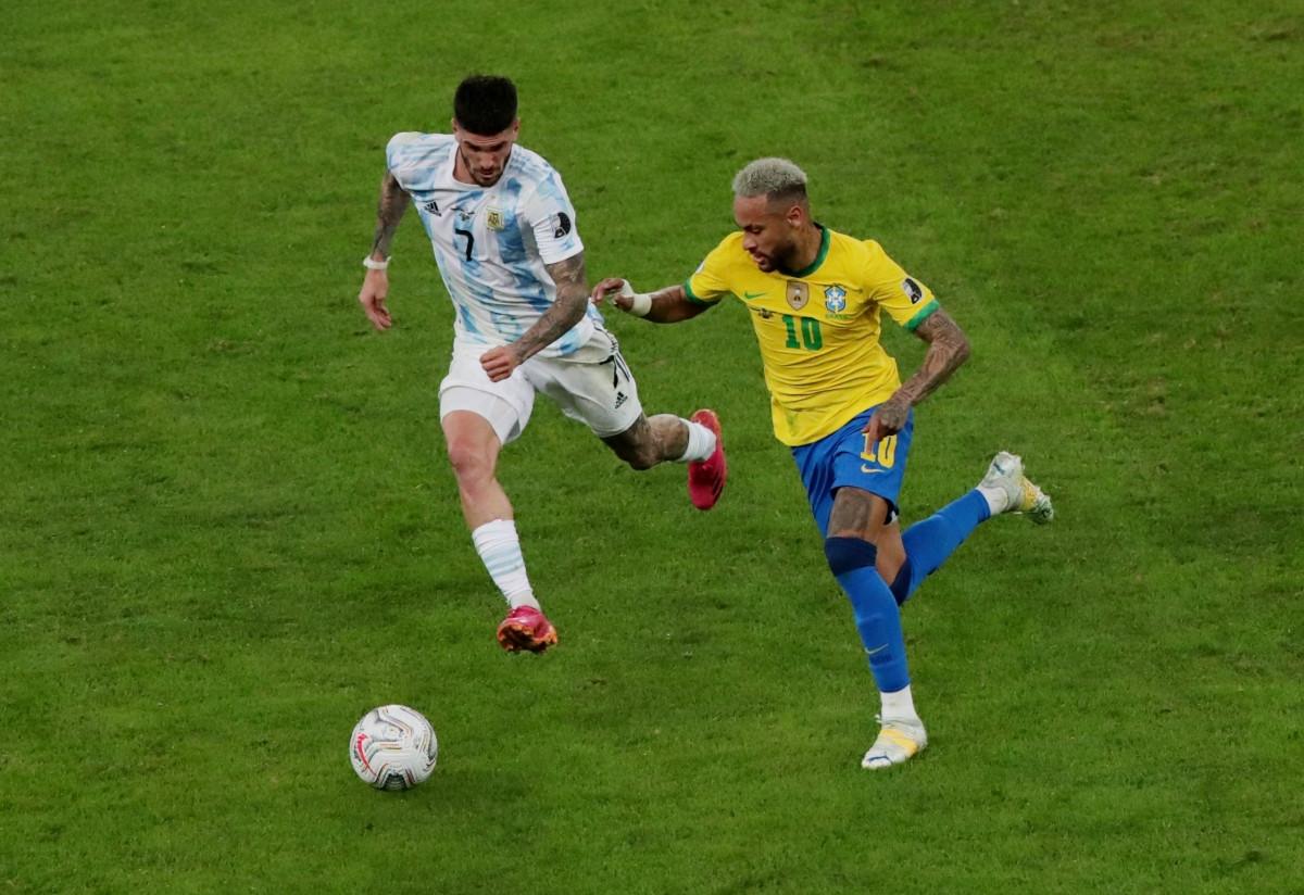 Ngôi sao của PSG chưa từng vô địch ở giải đấu này. Năm 2019, anh vắng mặt trong hành trình lên ngôi của ĐT Brazil do chấn thương.